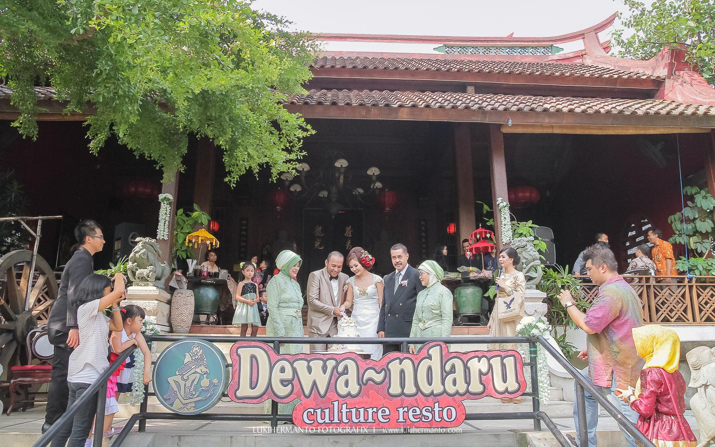 wedding di dewandaru resto surabaya