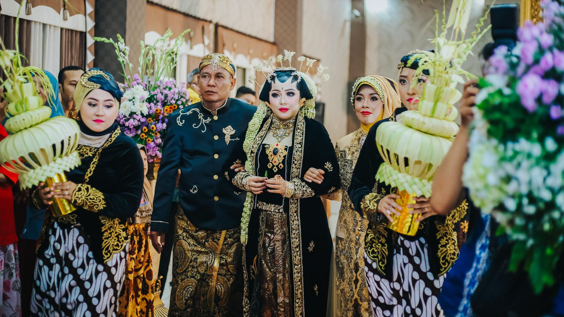 foto wedding adat jawa sidoarjo